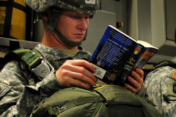 20120917193824-soldier-reading-book