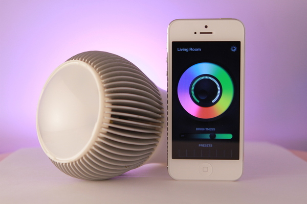 Magic Light App Controlled Bluetooth LED Light Bulb - YouTube