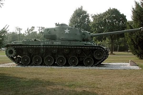 20121208063724-m26_pershing_tank_fort_dix