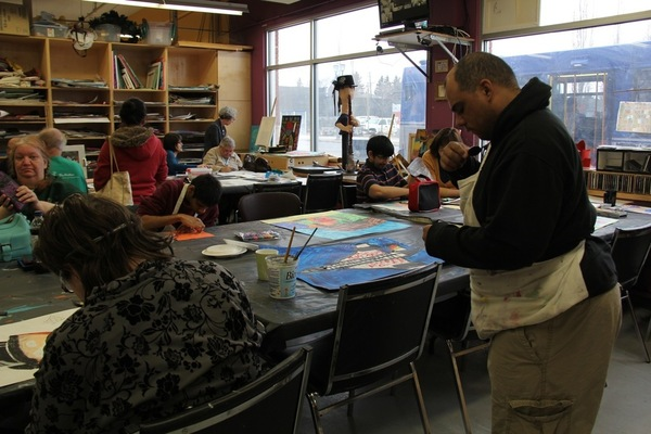 Artists hard at work in The Nina's drawing and painting room.