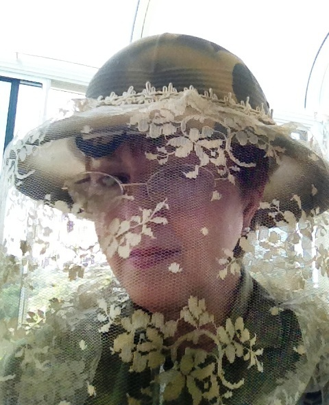 Kim in her new handmade Lace Bee Veil